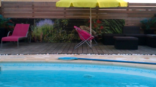 Brise vue d co de piscine chez sandrine herbe rouge - Deco autour de la piscine ...