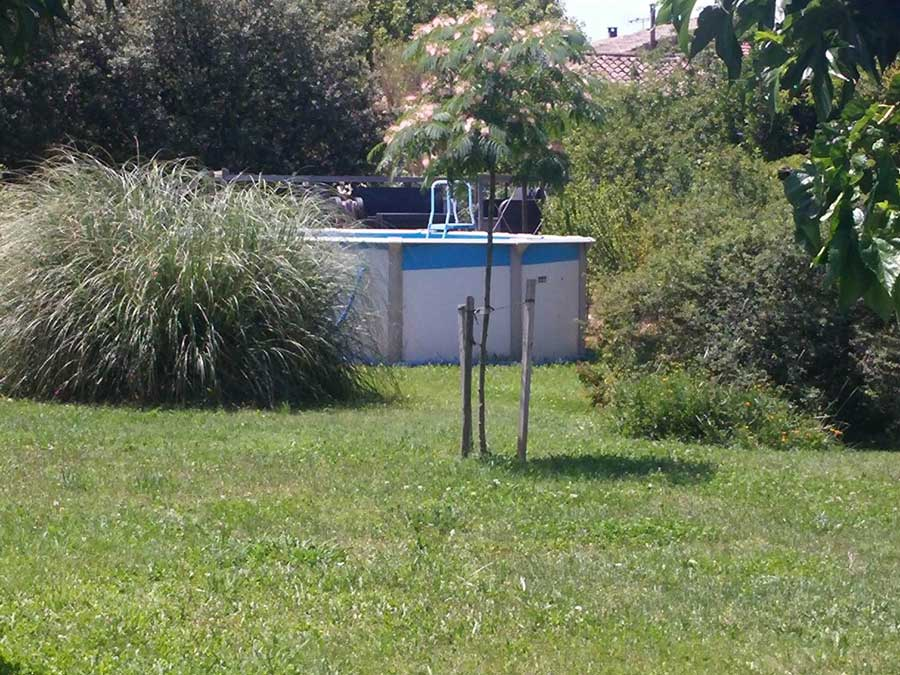 Brise vue piscine hors sol id e d co piscine ext rieure for Piscine de la riche