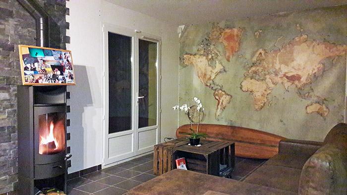 Déco carte du monde chez Leslie
