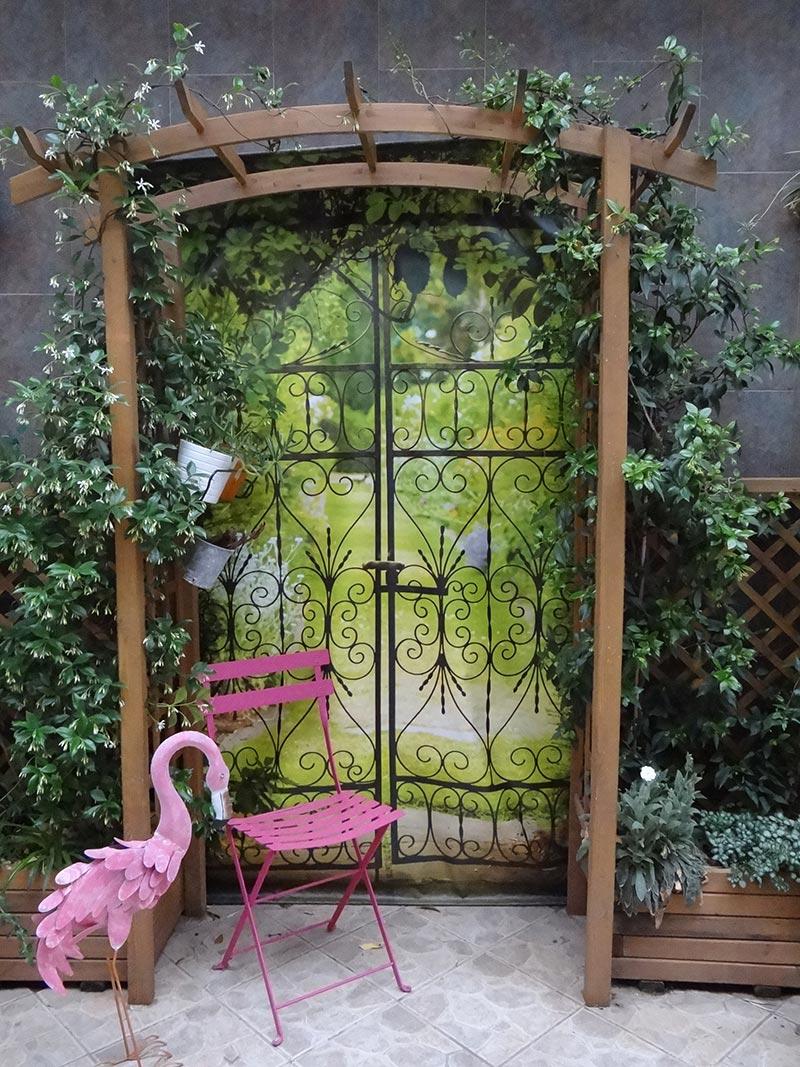 Trompe l 39 oeil d co sur mur ext rieur tenture murale - Trompe l oeil jardin ...
